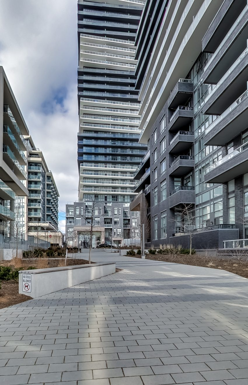 cove-at-waterways-39-annie-craig-dr-humber-bay-shores-condos-for-sale