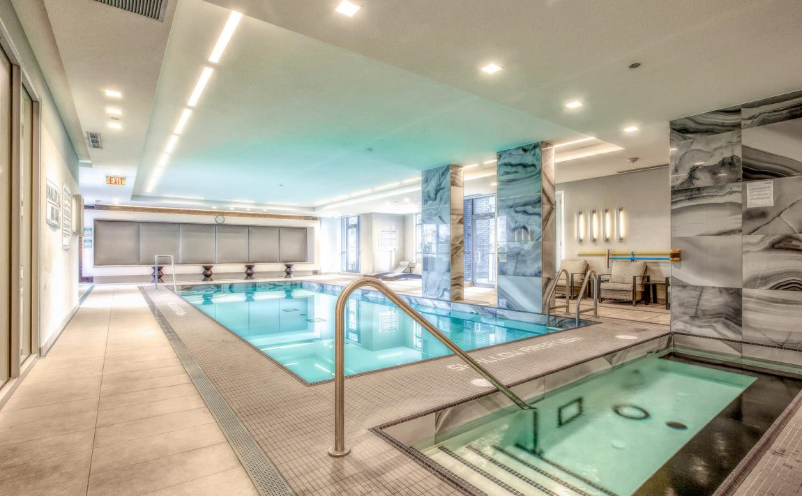 riva-del-lago-110-marine-parade-dr-humber-bay-shores-amenities-pool