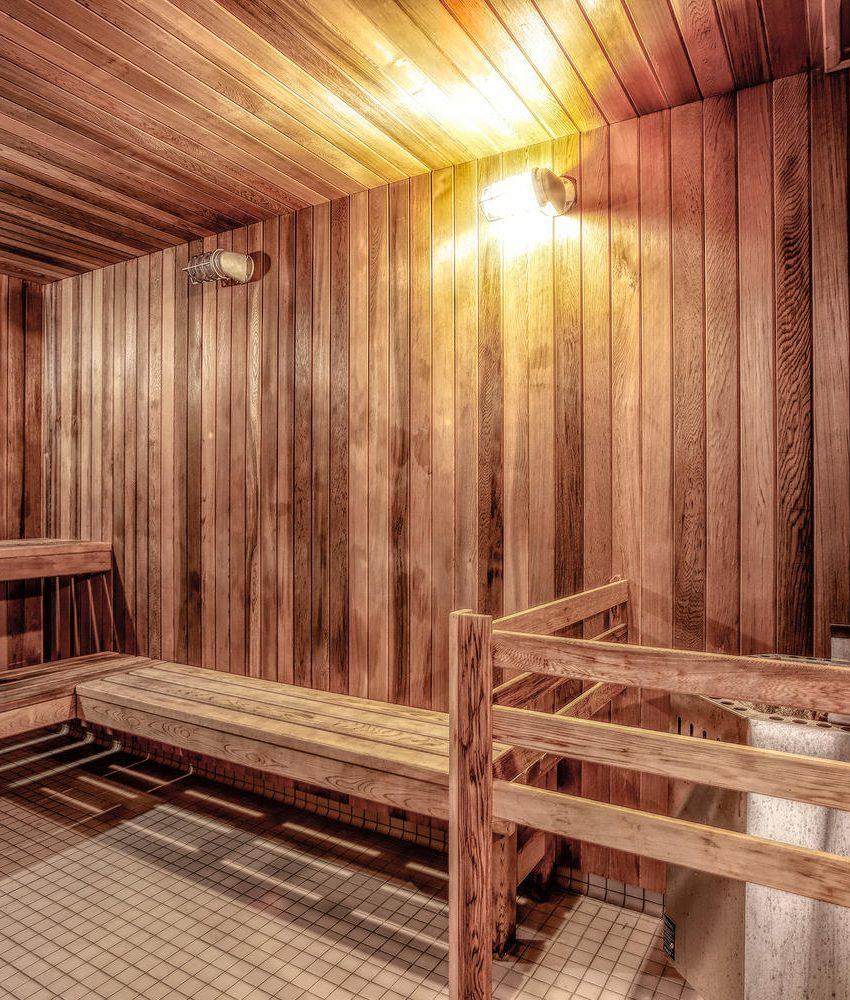 riva-del-lago-110-marine-parade-dr-humber-bay-shores-amenities-sauna