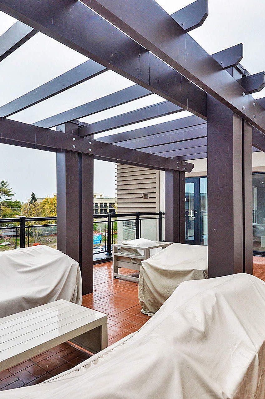 wyndham-condos-128-garden-dr-oakville-rooftop-terrace-bbq