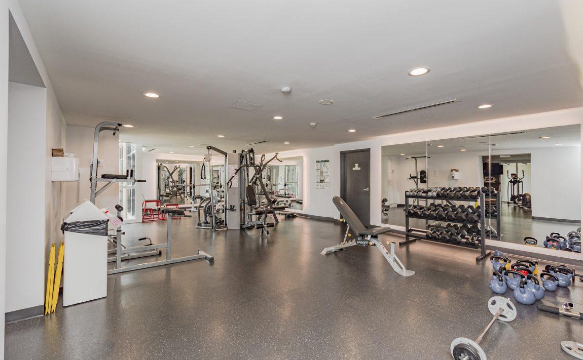 1940-ironstone-dr-burlington-condos-for-sale-amenities-gym