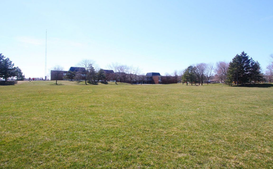 2440-bromsgrove-rd-mississauga-clarkson-townhomes-parks-schools