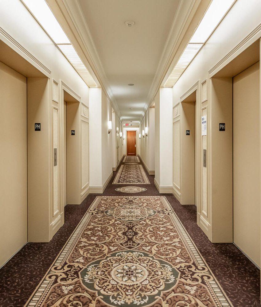 35-kingsbridge-garden-circle-25-kingsbridge-garden-circle-mississauga-skymark-condos-elevators
