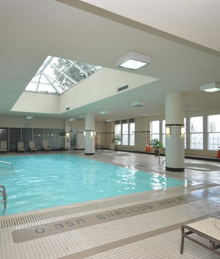 35-kingsbridge-garden-circle-25-kingsbridge-garden-circle-mississauga-skymark-condos-indoor-pool