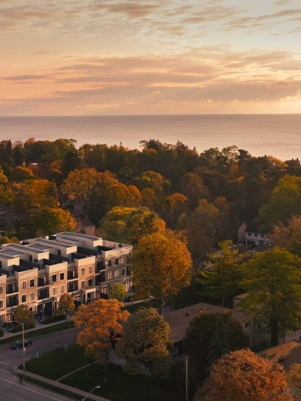 harbour-place-townhomes-95-brookfield-rd-oakville-townhouses