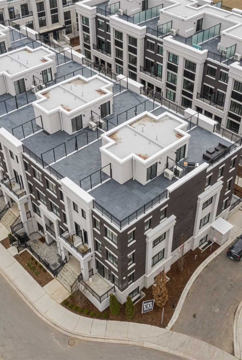 the-reserve-east-mineola-mississauga-cawthra-townhouses-for-sale