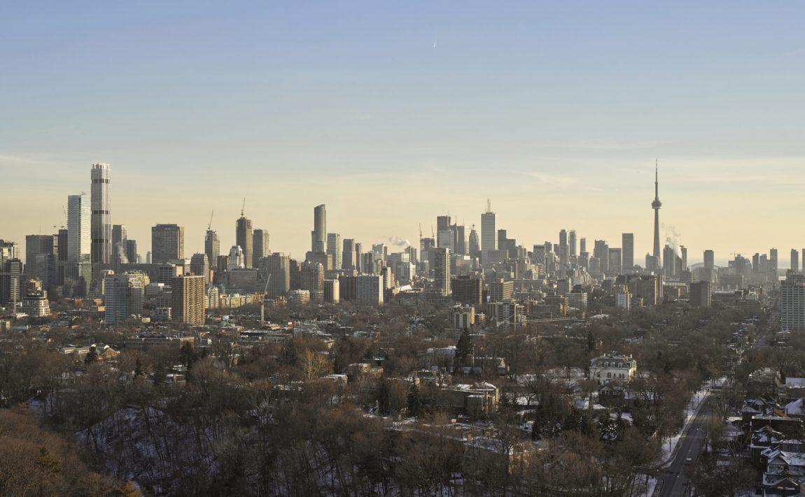 1-bloor-st-w-toronto-yorkville-the-one-condos-skyscraper