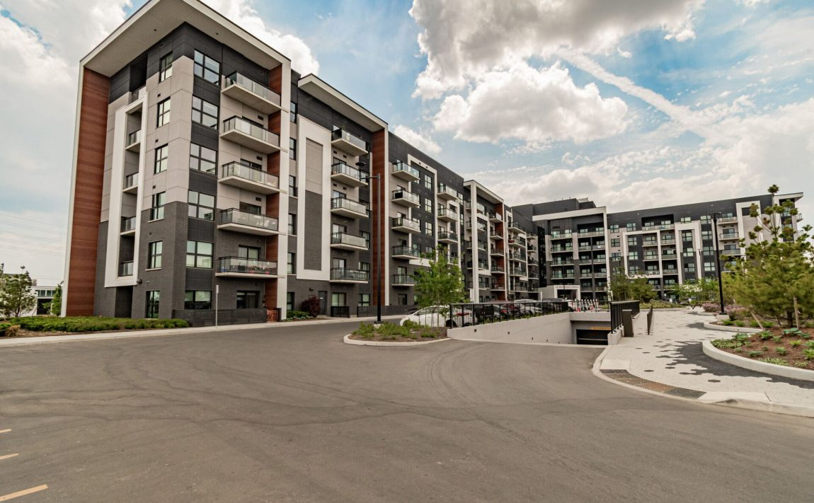 128-grovewood-common-cres-oakville-condos