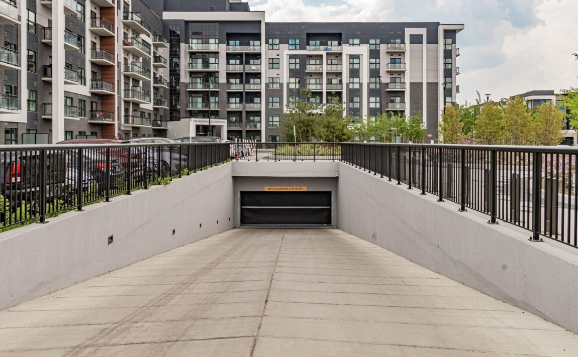128-grovewood-common-cres-oakville-condos-for-sale-parking-garage