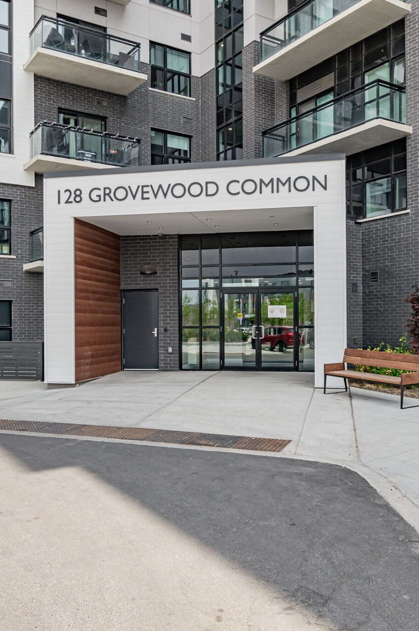 128-grovewood-common-cres-oakville-condos-front-entrance