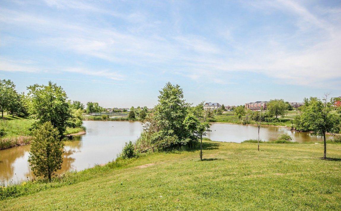 150-oak-park-blvd-oakville-condos-for-sale-parks-green-space