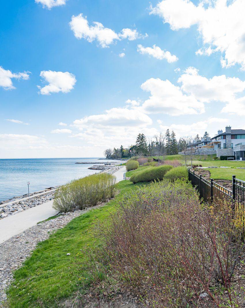 gardens-of-edgemere-10-maple-grove-dr-oakville-community-waterfront