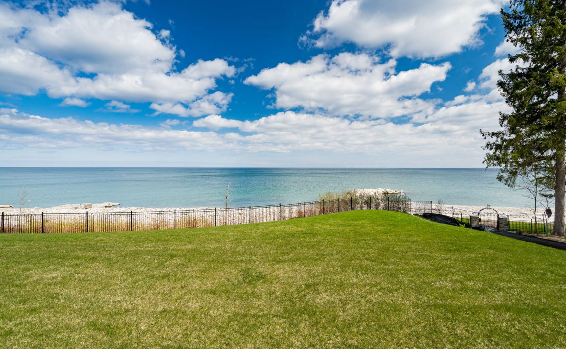 gardens-of-edgemere-10-maple-grove-dr-oakville-lakefront-waterfront
