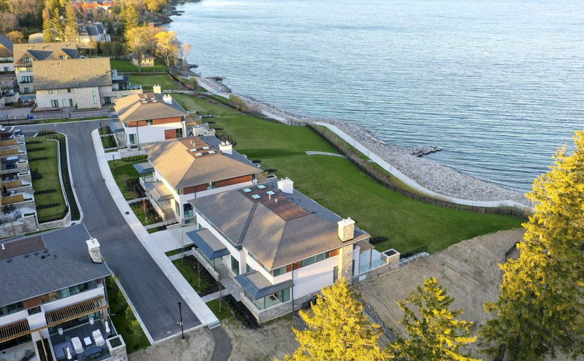 gardens-of-edgemere-10-maple-grove-dr-oakville-waterfront-townhomes