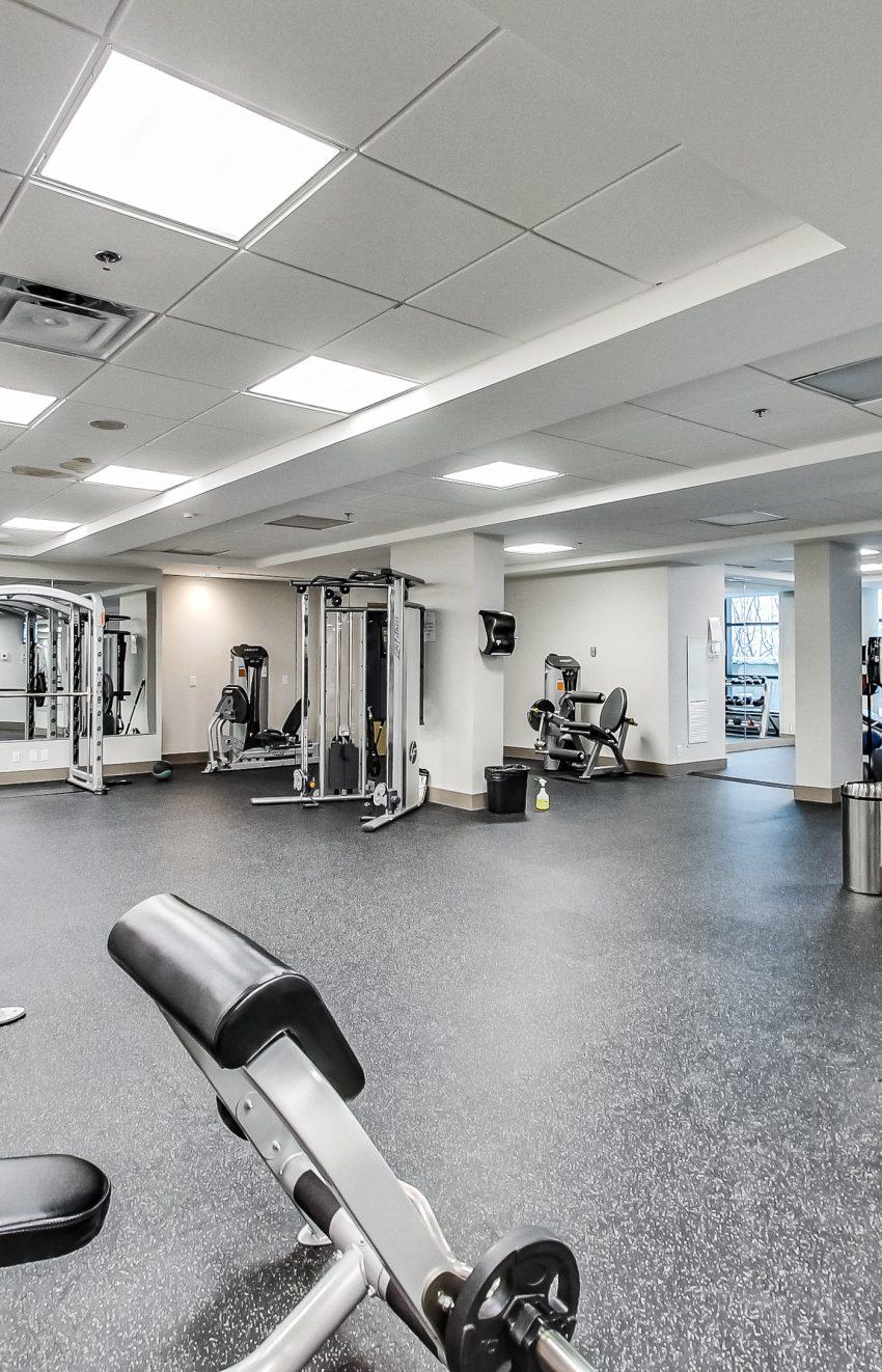grand-park-condos-3985-grand-park-dr-mississauga-square-one-amenities-cardio-gym