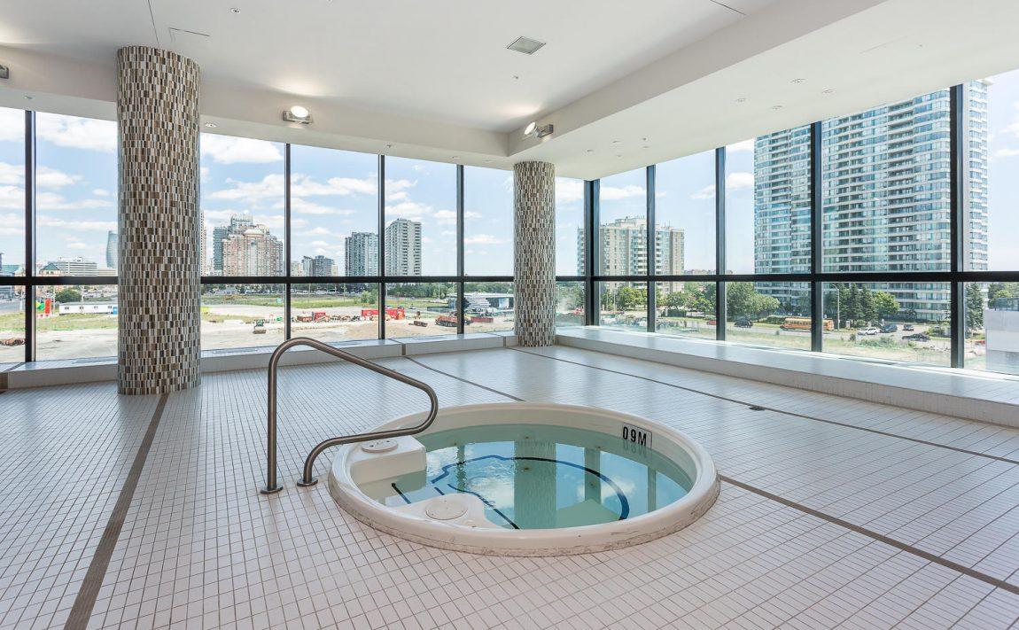 grand-park-condos-3985-grand-park-dr-mississauga-square-one-amenities-hot-tub