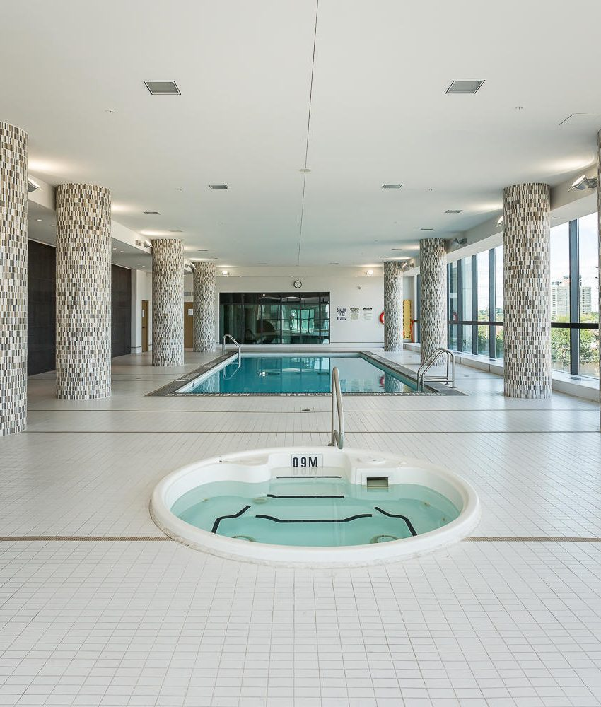 grand-park-condos-3985-grand-park-dr-mississauga-square-one-amenities-pool-hot-tub