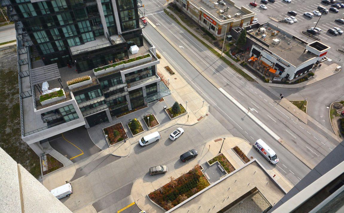 grand-park-condos-3985-grand-park-dr-mississauga-square-one-driveway-entrance