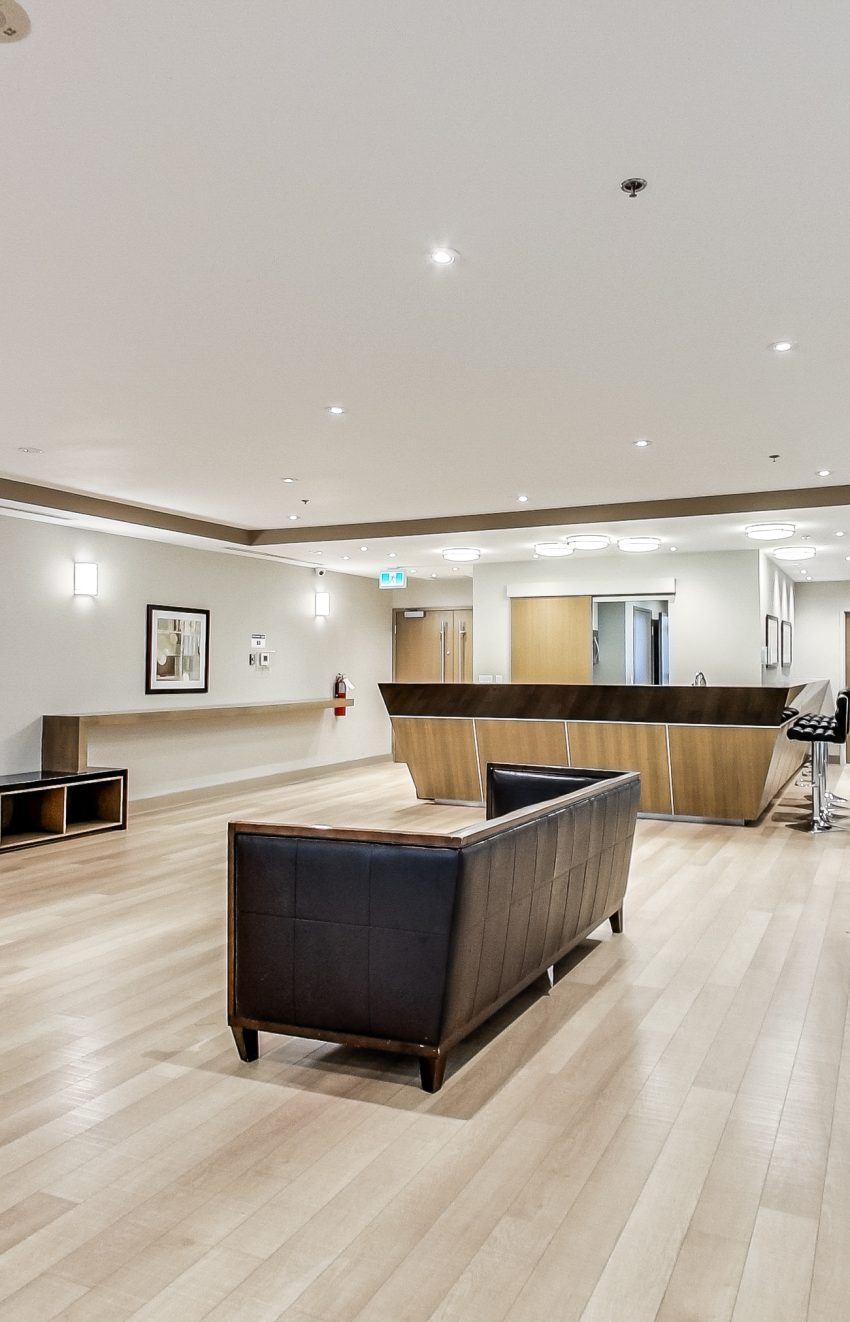 grand-park-condos-3985-grand-park-dr-mississauga-square-one-party-room