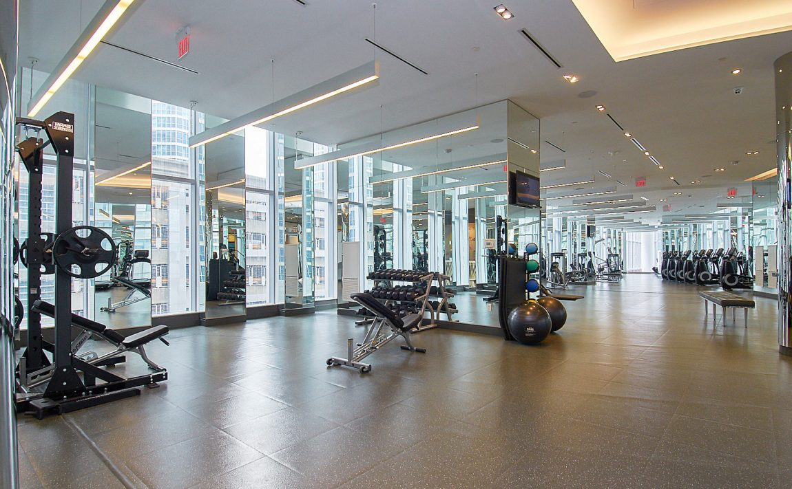 ten-york-condos-10-york-st-toronto-tridel-amenities-gym