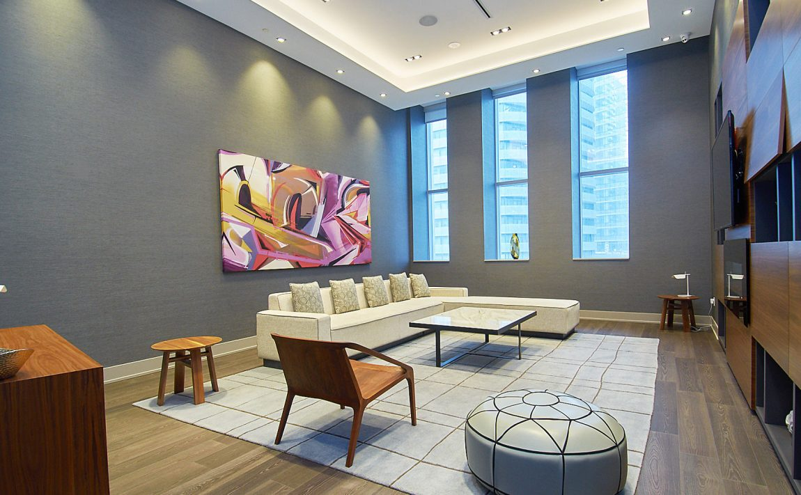 ten-york-condos-10-york-st-toronto-tridel-amenities-lounge-room