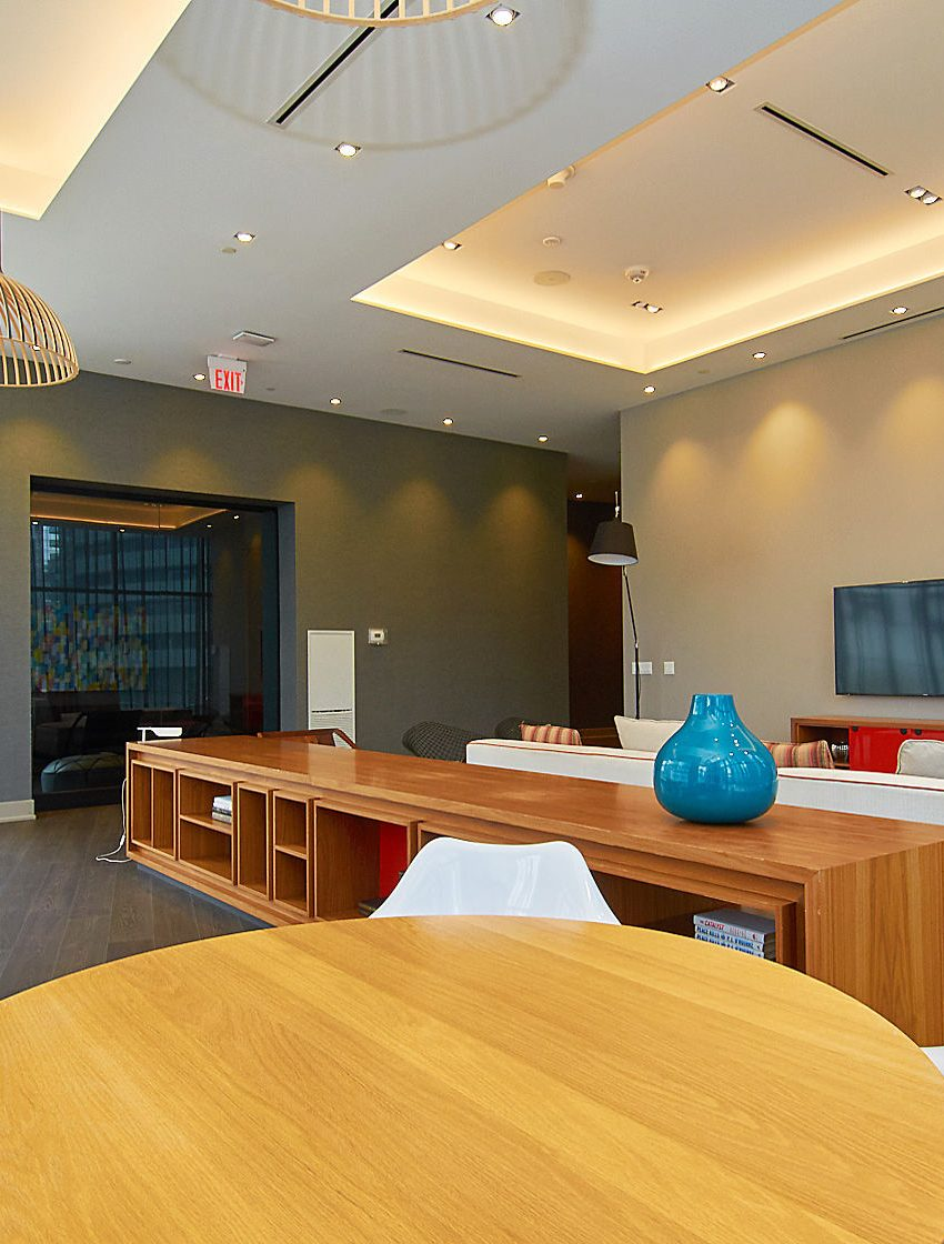 ten-york-condos-10-york-st-toronto-tridel-amenities-party-room-lounge