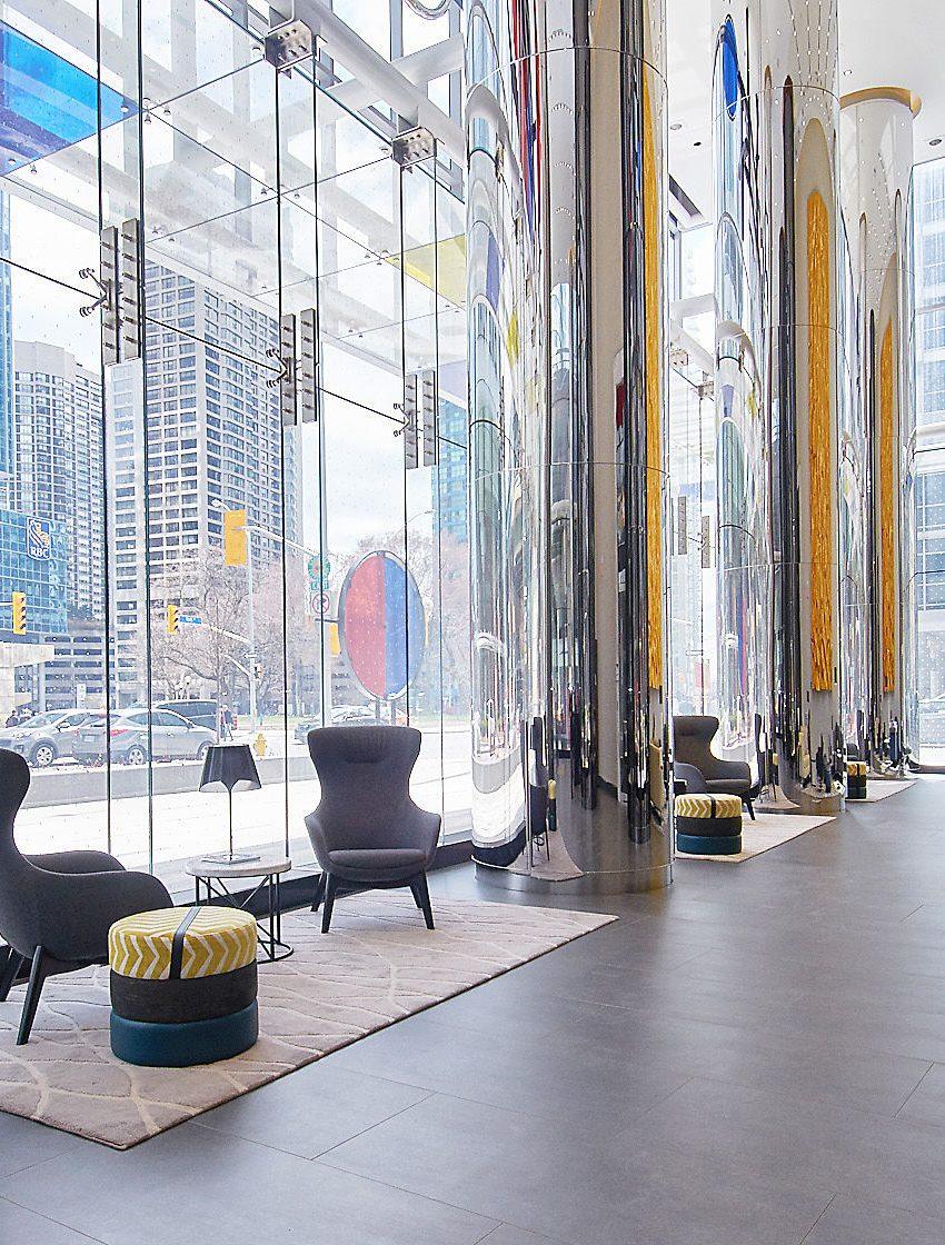 ten-york-condos-10-york-st-toronto-tridel-lobby-concierge