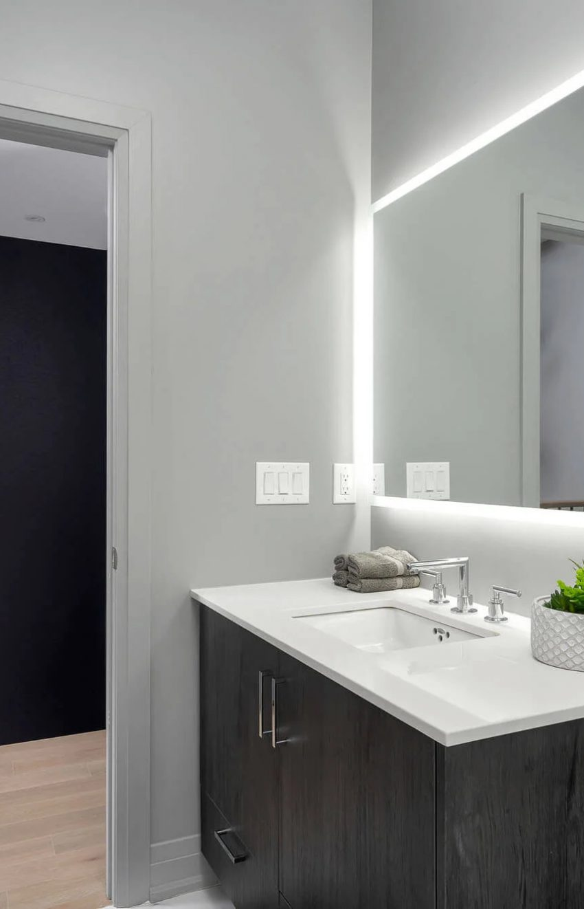 vellore-crescent-townhomes-1640-crestview-ave-mineola-washroom