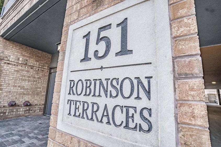 robinson-terraces-151-robinson-st-oakville-condos-for-sale