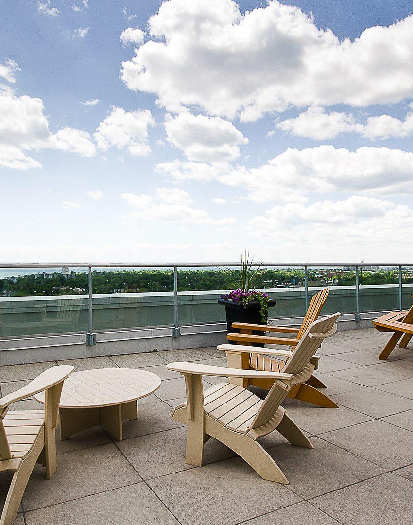 sky-lofts-ii-200-manitoba-st-toronto-humber-bay-shores-rooftop-terrace