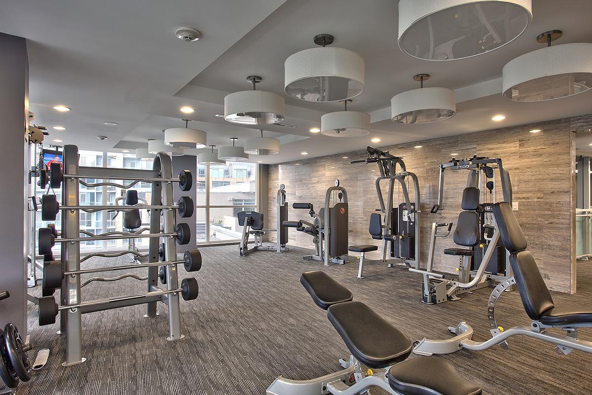 square-one-condos-for-sale-223-webb-dr-onyx-condo-amenities-gym-2