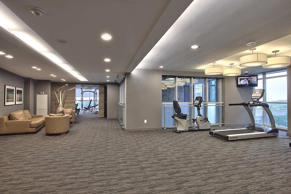 square-one-condos-for-sale-223-webb-dr-onyx-condo-amenities-gym-cardio