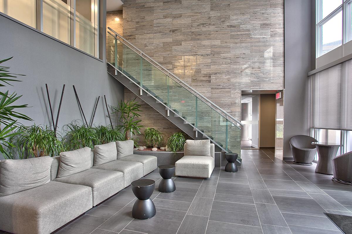 square-one-condos-for-sale-223-webb-dr-onyx-condo-amenities