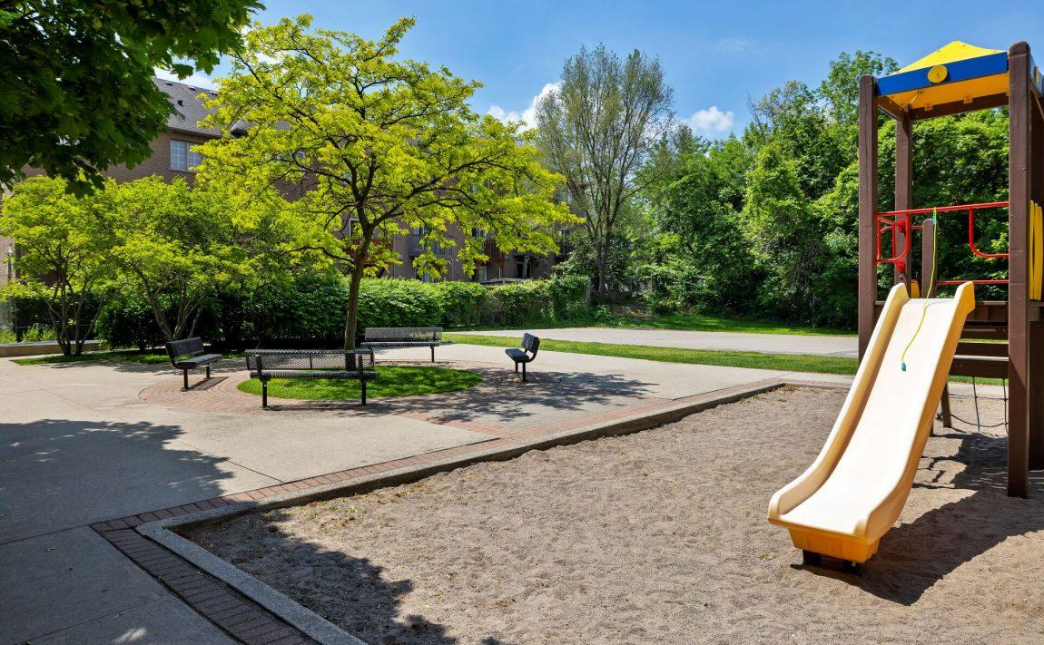 the-legend-condos-190-manitoba-st-toronto-amenities-childrens-playground