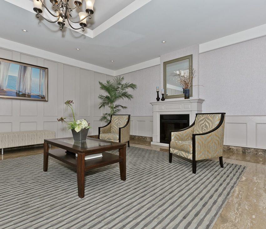 the-oaks-1359-white-oaks-blvd-oakville-condos-waiting-room