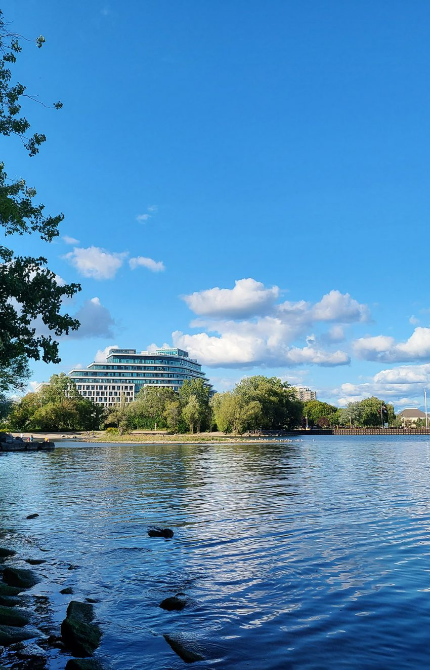 11-bronte-rd-the-shores-condos-bronte-harbour-oakville-waterfront