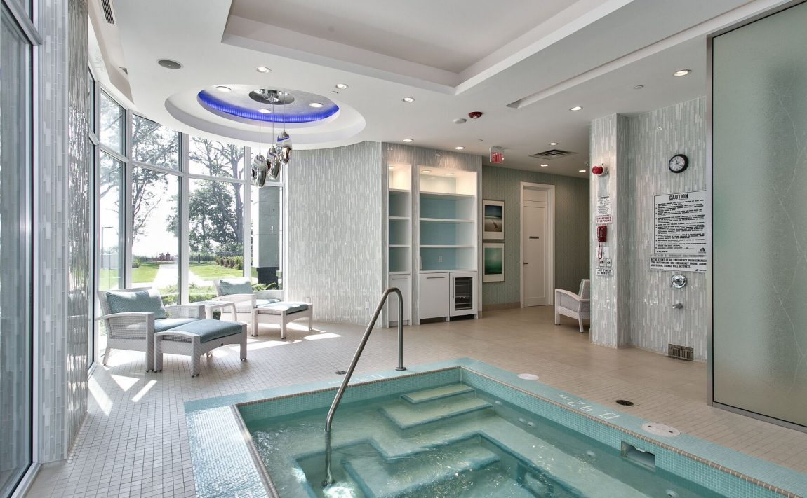 bluwater-condos-3500-lakeshore-rd-w-oakville-indoor-hot-tub