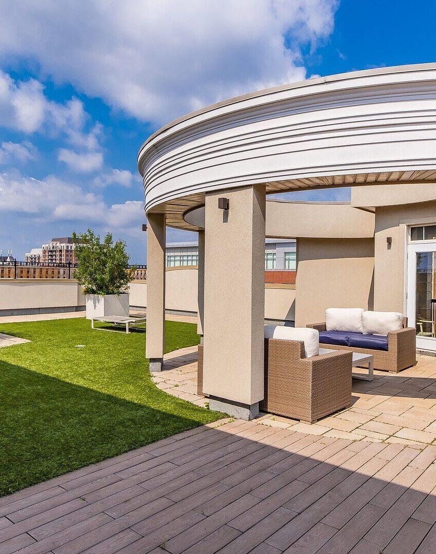 renaissance-oak-park-216-oak-park-blvd-oakville-condos-rooftop-terrace-7