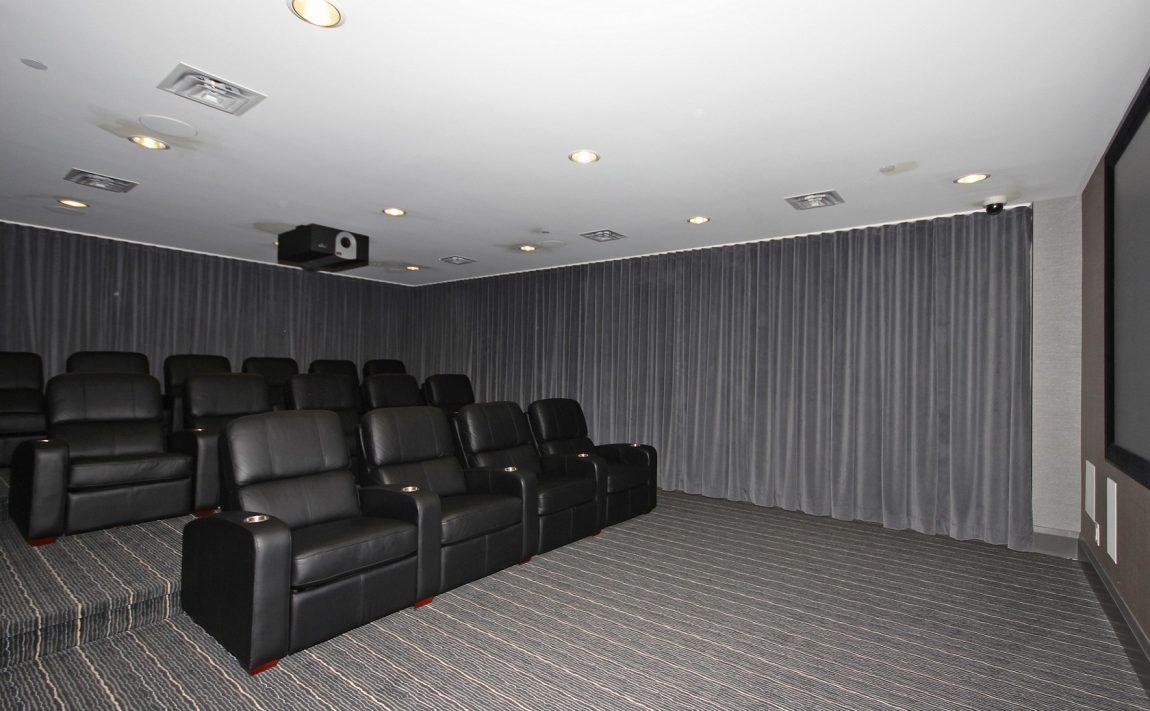 the-shores-condos-11-bronte-rd-oakville-theatre