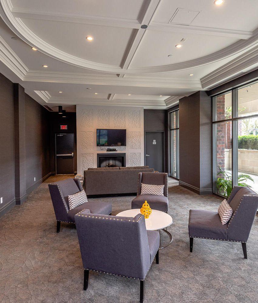 3563-lake-shore-blvd-w-etobicoke-watermark-long-branch-condos-lounge