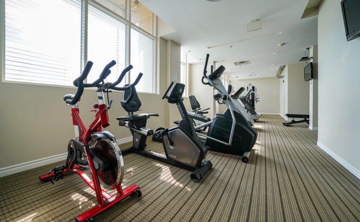 aquaview-3865-lake-shore-blvd-w-etobicoke-condos-long-branch-amenities-cardio