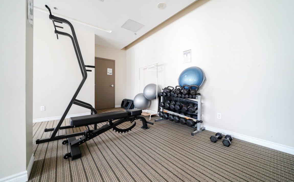 aquaview-3865-lake-shore-blvd-w-etobicoke-condos-long-branch-amenities-gym