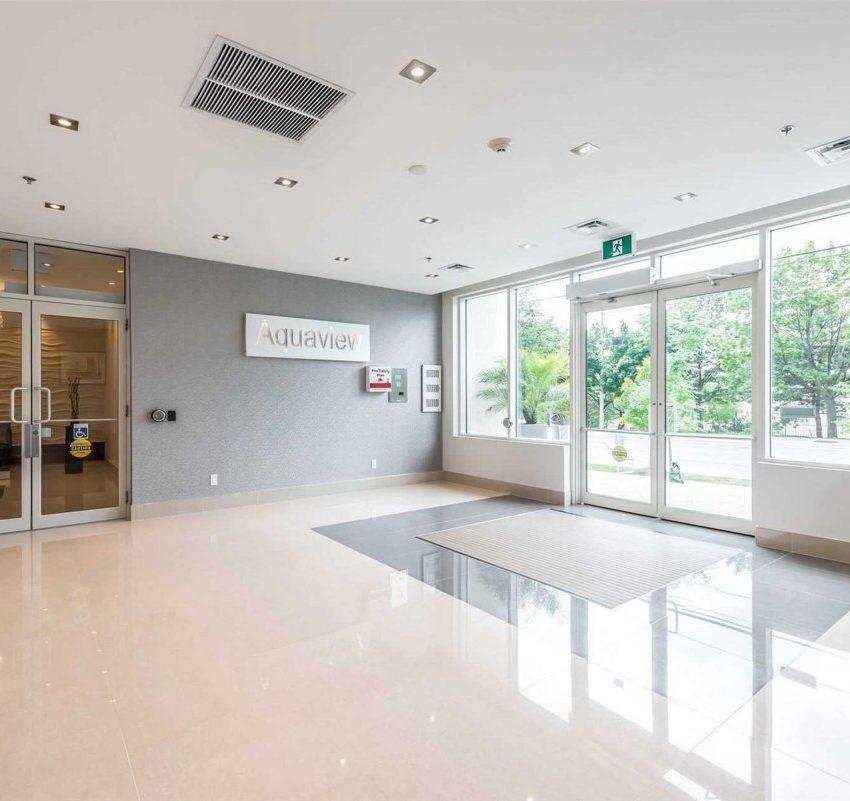 aquaview-3865-lake-shore-blvd-w-etobicoke-condos-long-branch-front-lobby