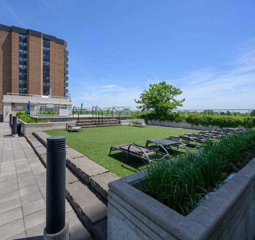 aquaview-3865-lake-shore-blvd-w-etobicoke-condos-long-branch-rooftop-outdoor-terrace