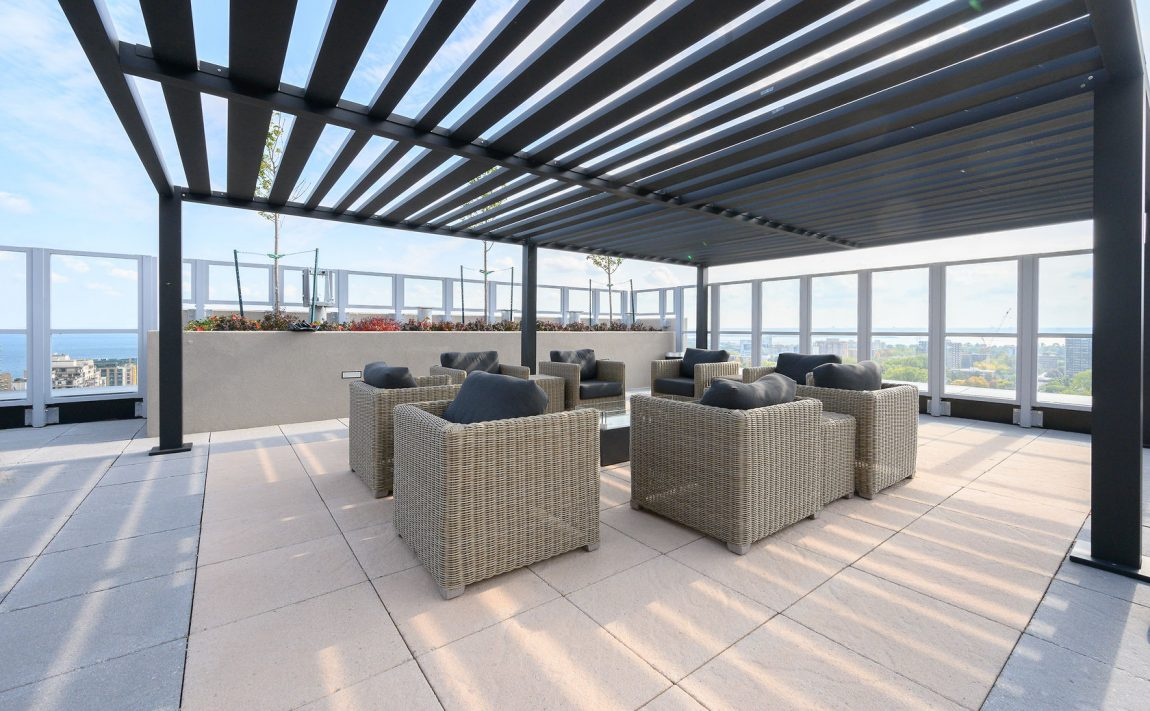 the-berkeley-condos-2025-maria-st-burlington-rooftop-terrace-amenities